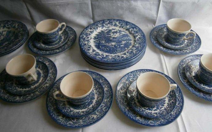 Столовые чайные и кофейные сервизы. Немецкий, французский