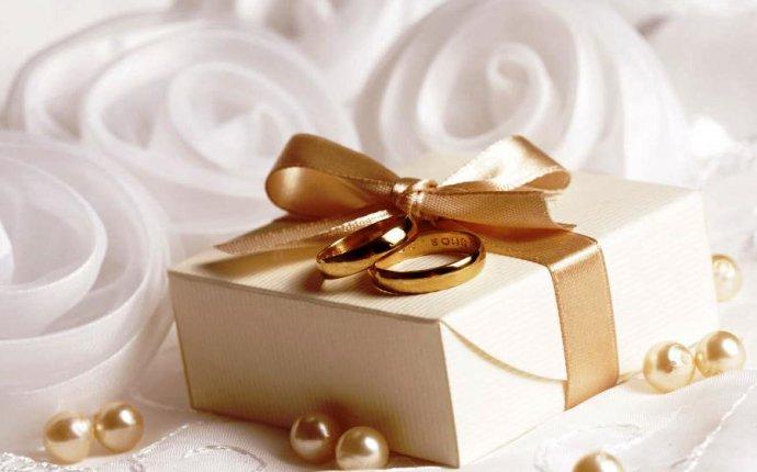 Выбираем подарок на свадьбу